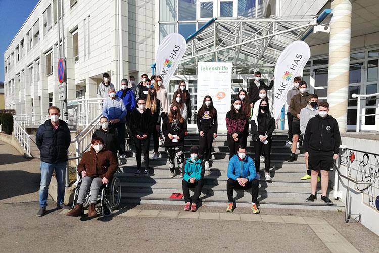 Schüler/innen unterstützen ein Projekt zugunsten der Lebenshilfe Leibnitz